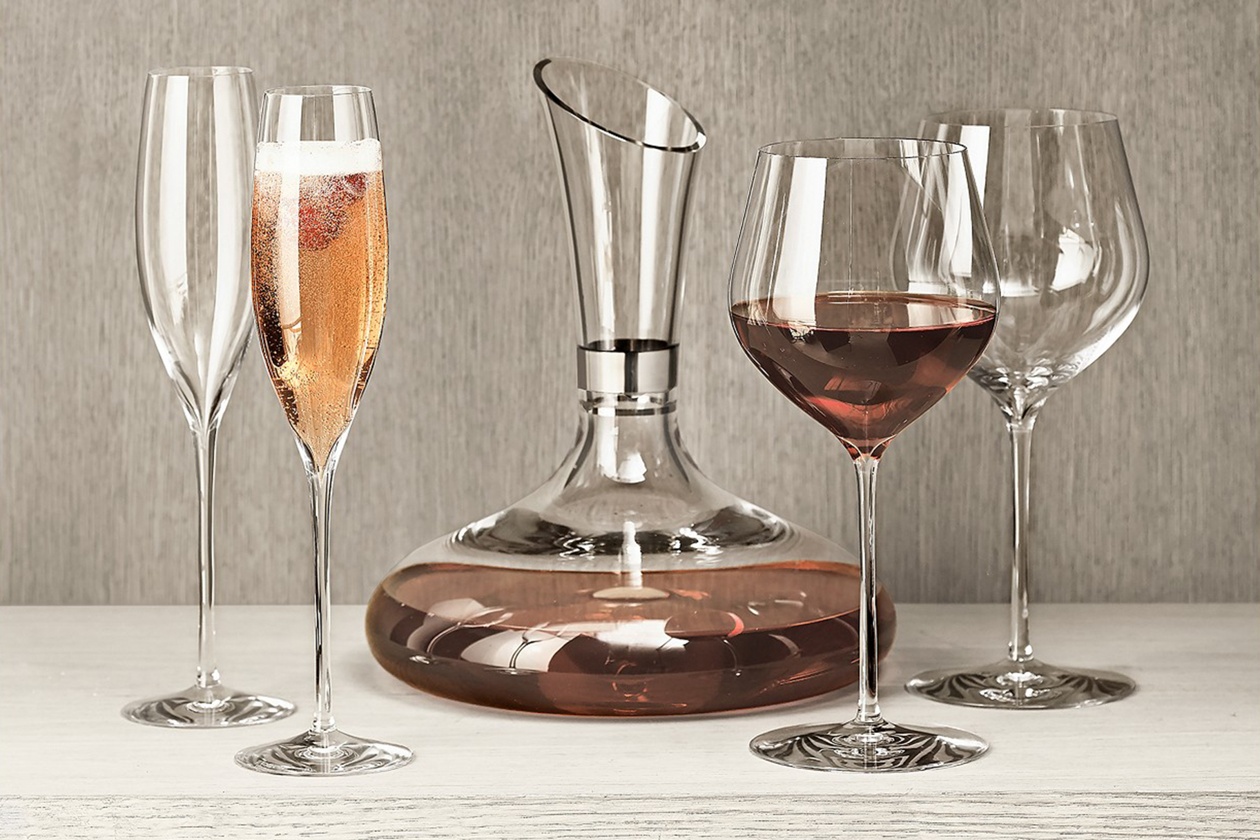 Wine Carafes: Shop Stylish Wine Decanters