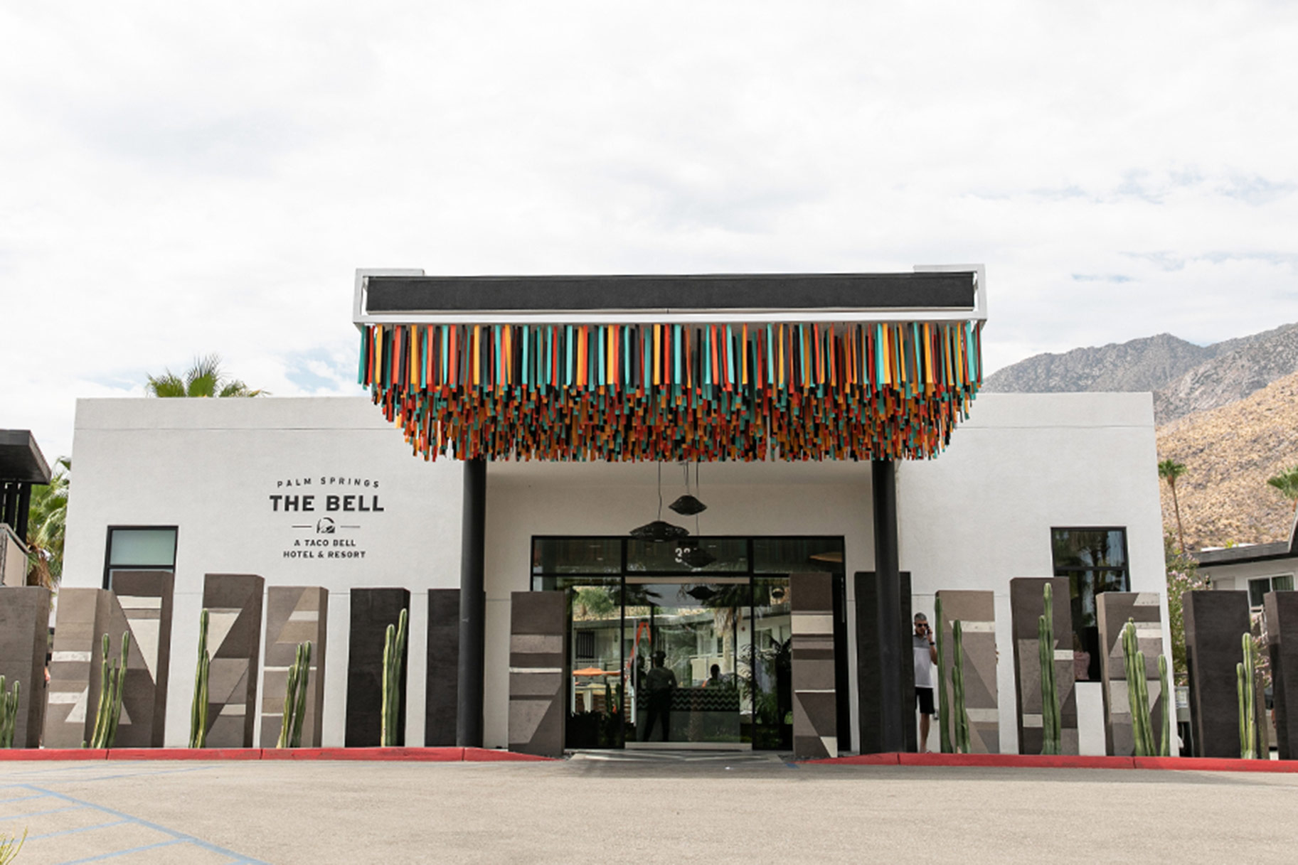 Taco Bell Hotel Palm Springs
