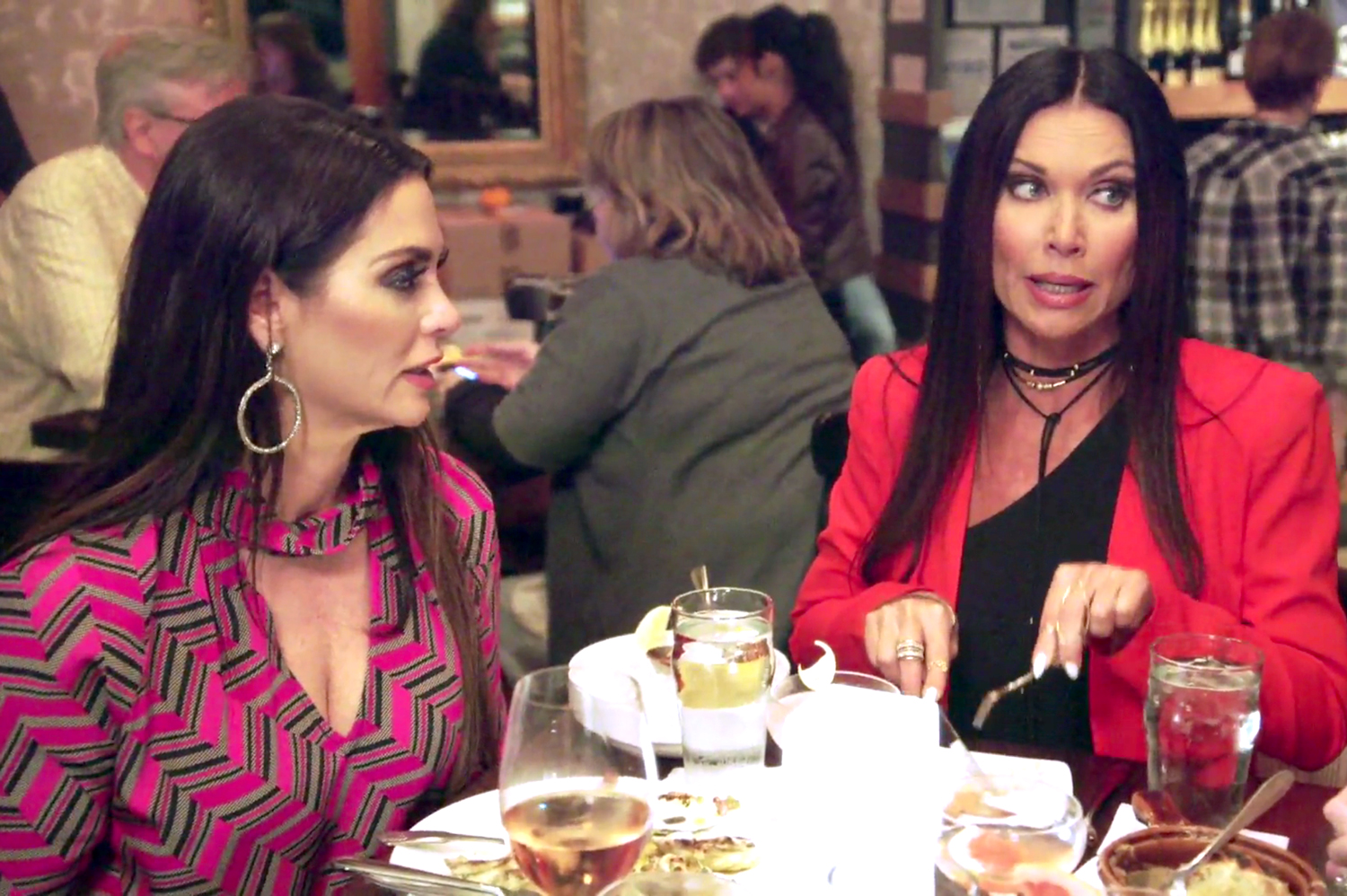 D'Andra Simmons, Leeanne Locken in The Real Housewives of Dallas