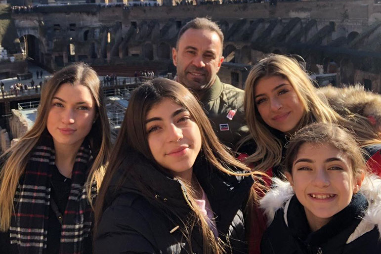 Joe Giudice Daughters Italy Christmas