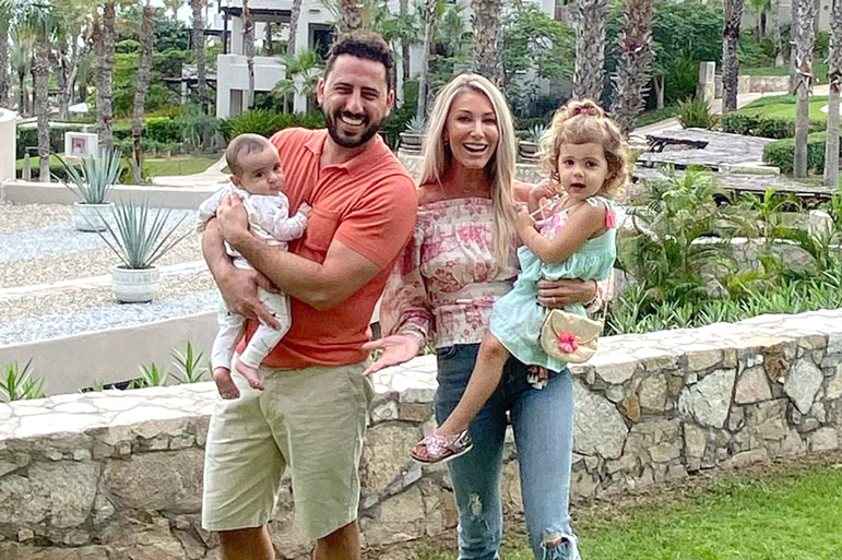 Josh Heather Altman Family Photo