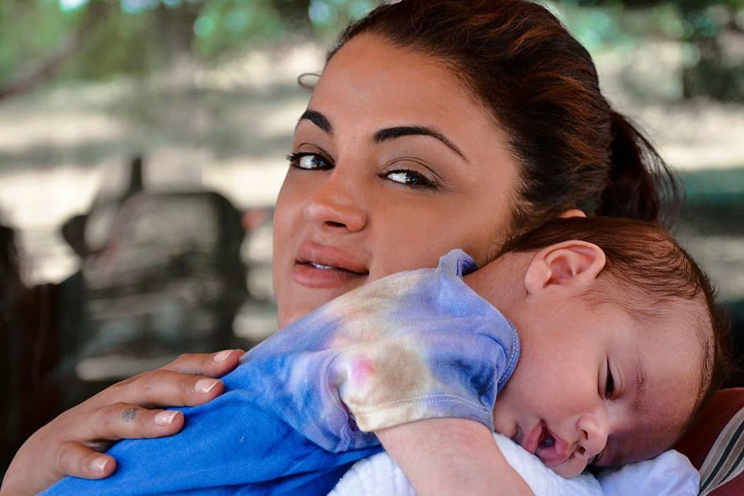 Golnesa Gharachedaghi Motherhood Updates Shahs
