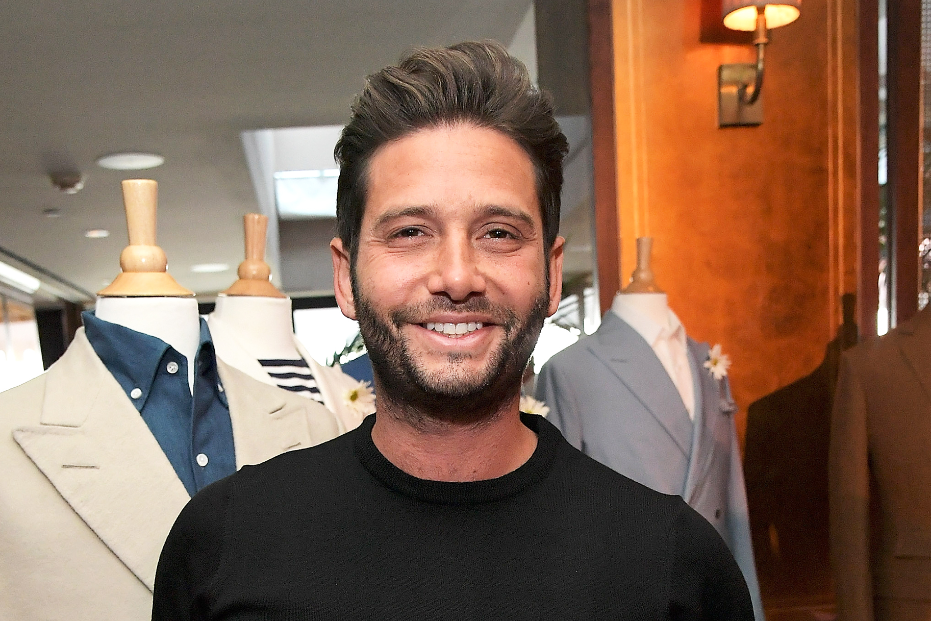 Josh Flagg Holiday Decor