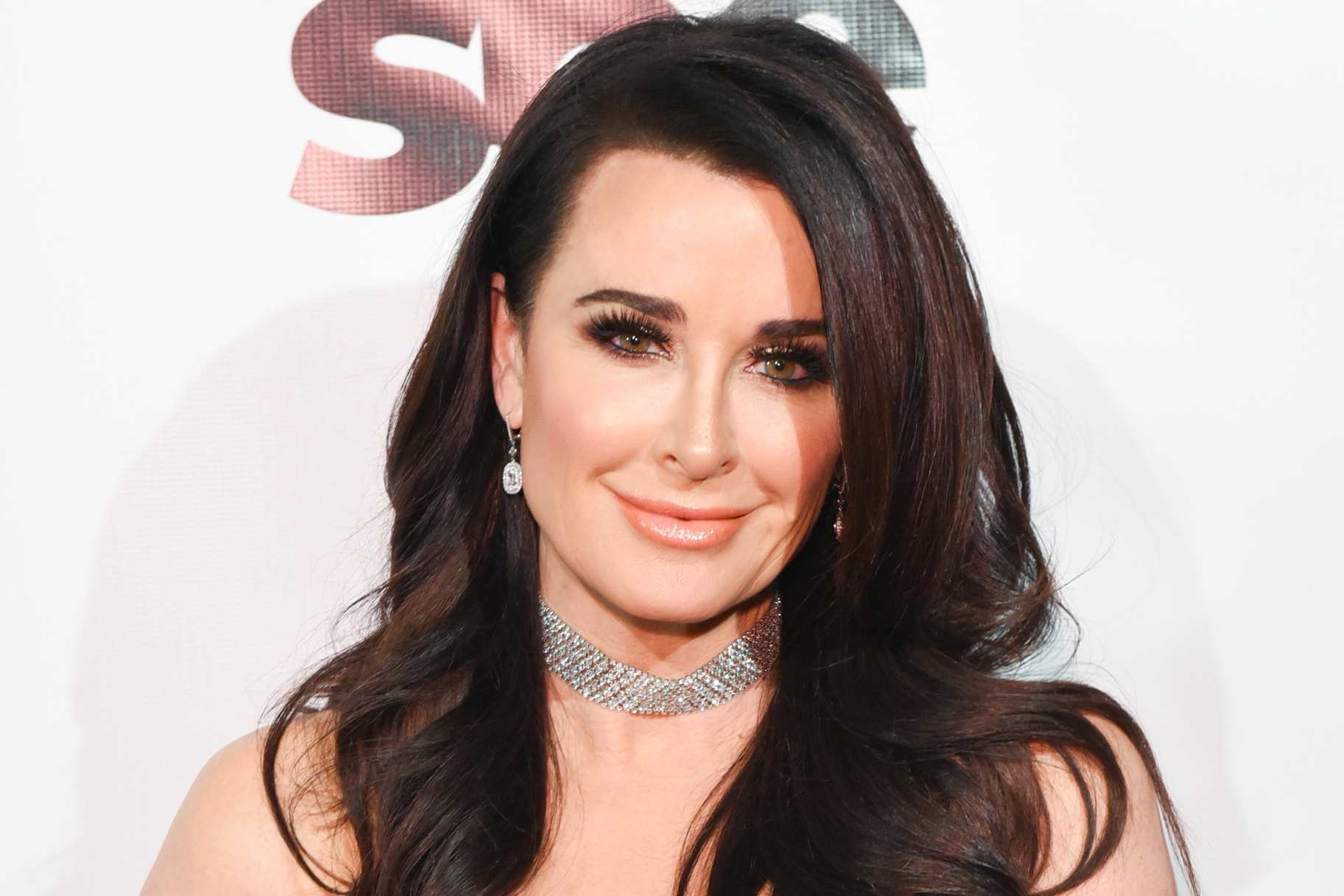 Kyle Richards Makeup Routine