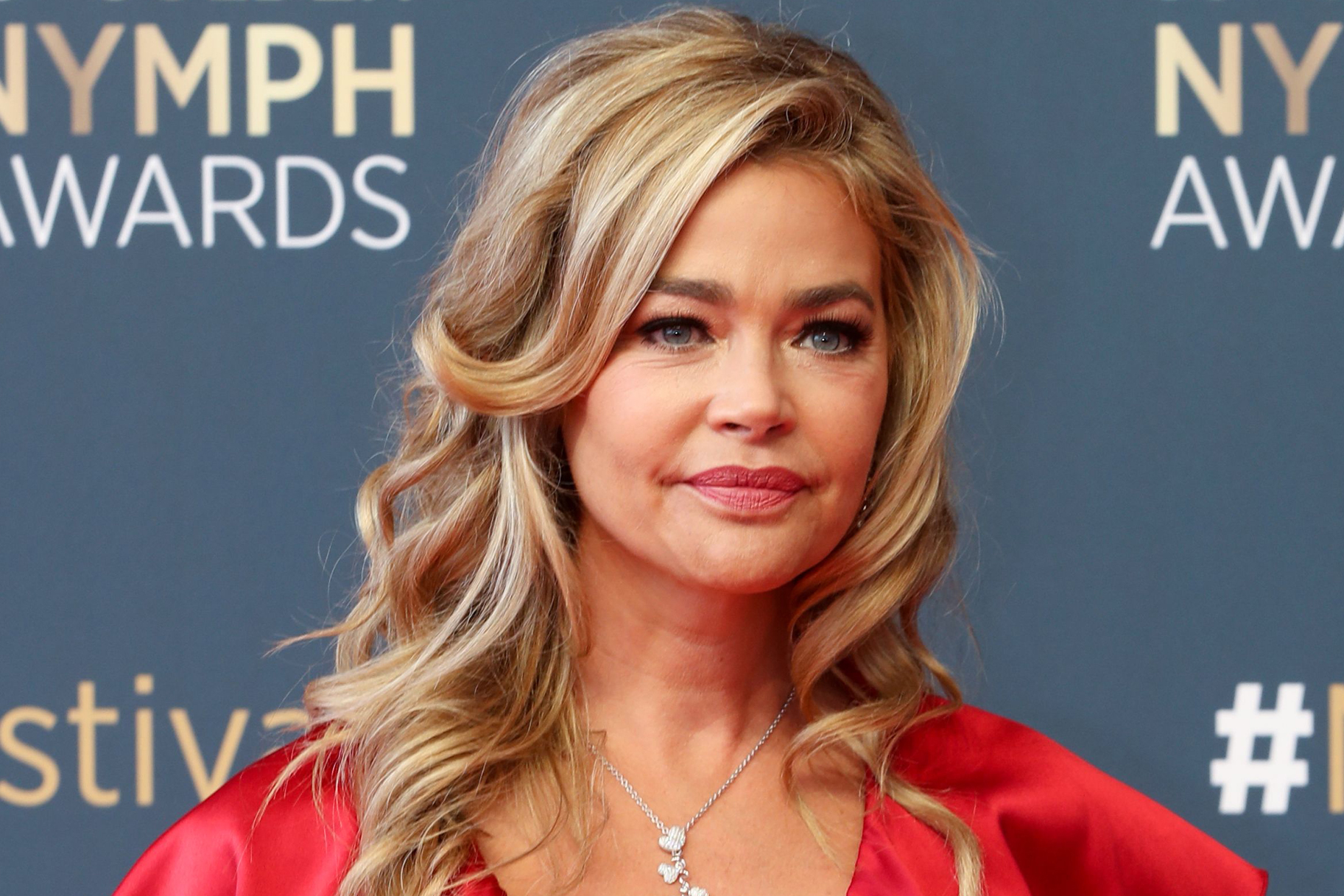 Denise Richards Summer Blonde