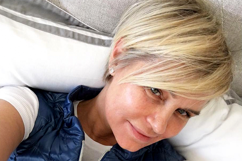 Yolanda Foster Haircut See Photo Of Her Short Style The Daily Dish