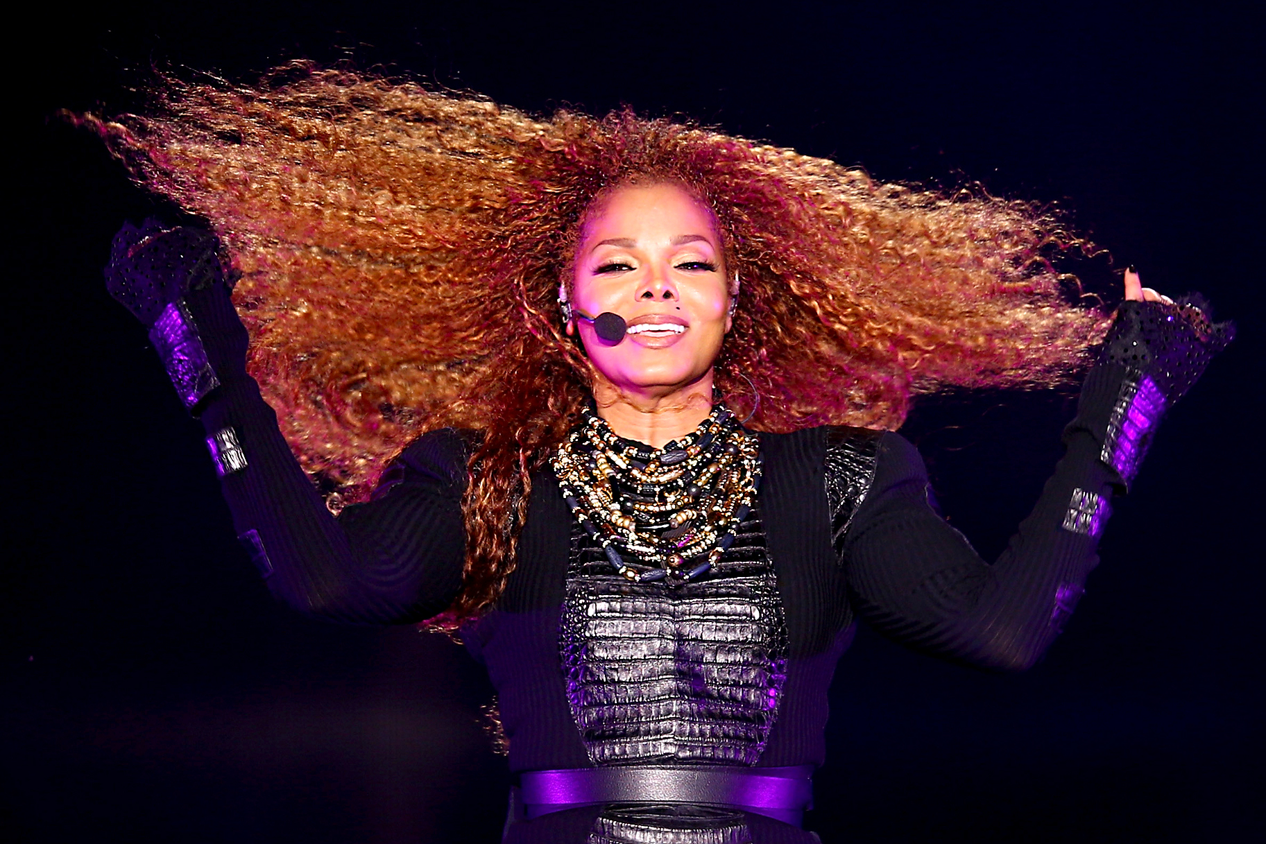 Janet Jacksons Super Bowl Wardrobe Malfunction Photos Lookbook