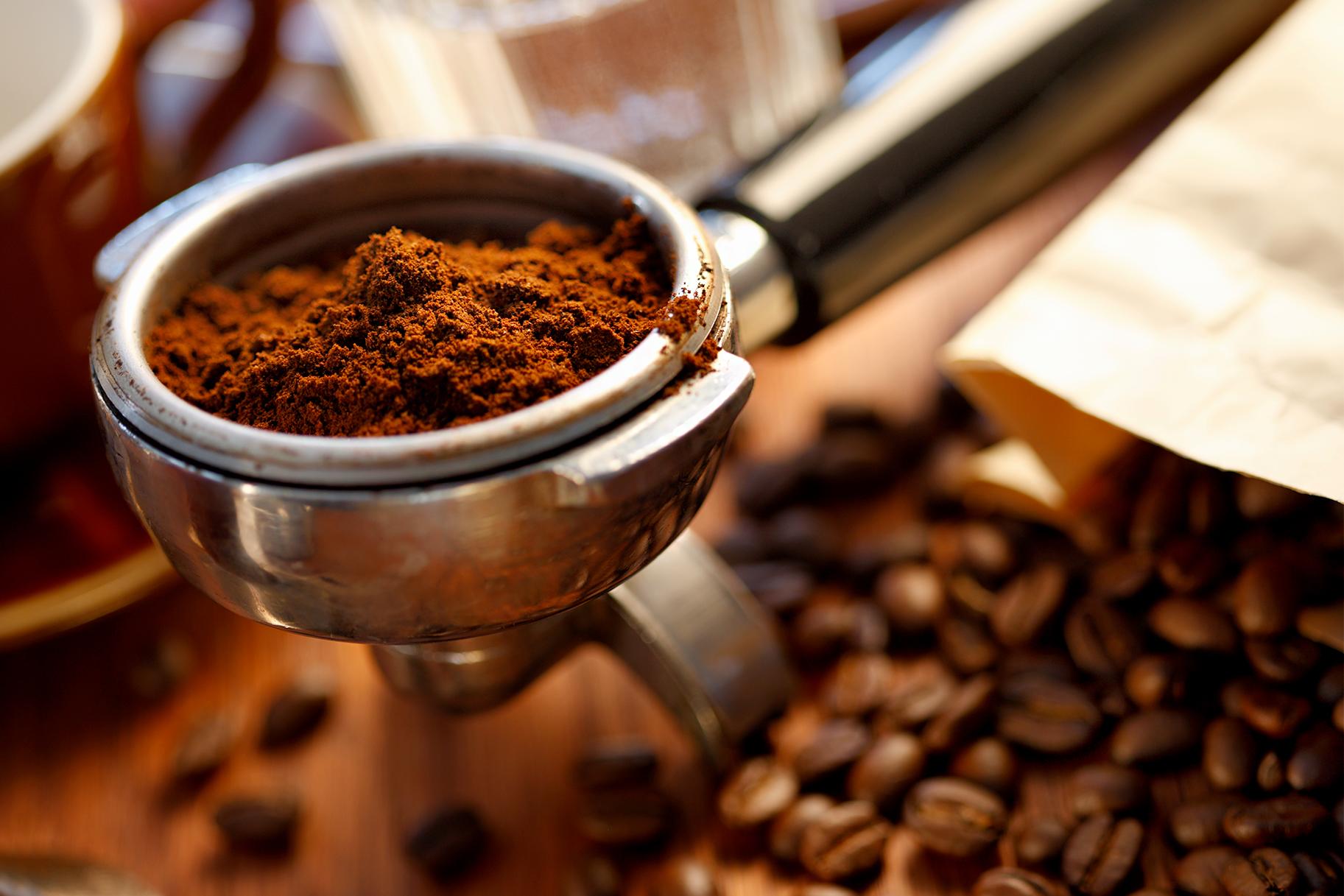 Свежемолотый кофе фото