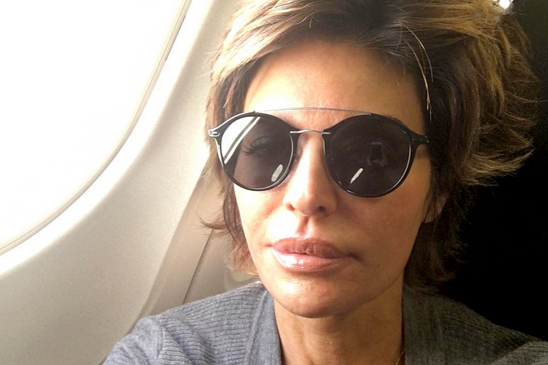 70114a39e51 The Real Housewives of Beverly Hills  Lisa Rinna Is Jet Lagged After Hong  Kong