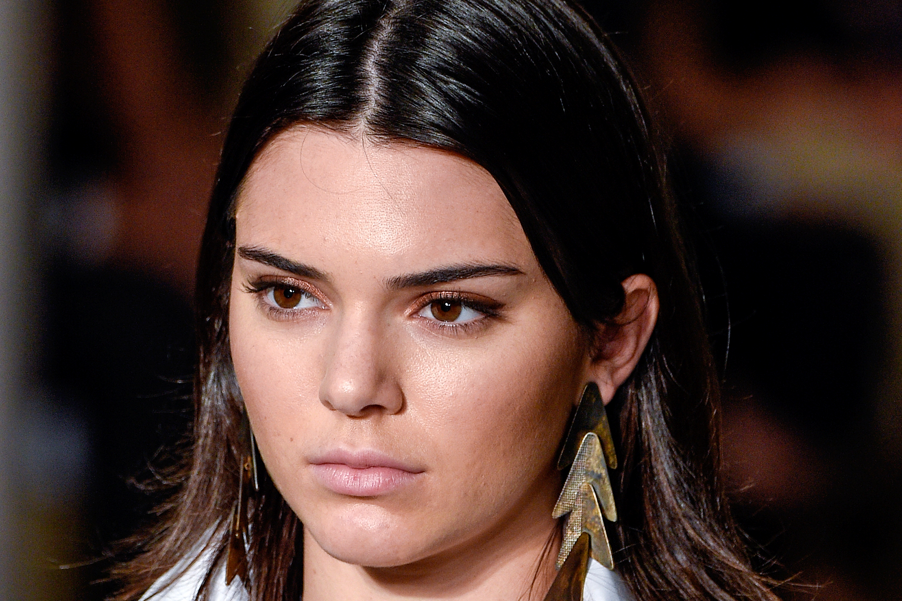 Kendall Jenners Brows Will Make You Look Younger Lookbook