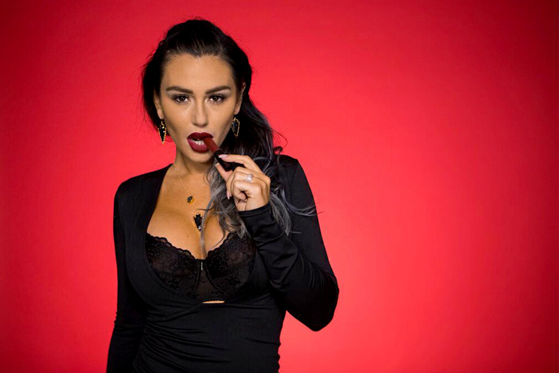 Angelina Pivarnick Nude Pics jwoww has a new beauty line | style & living