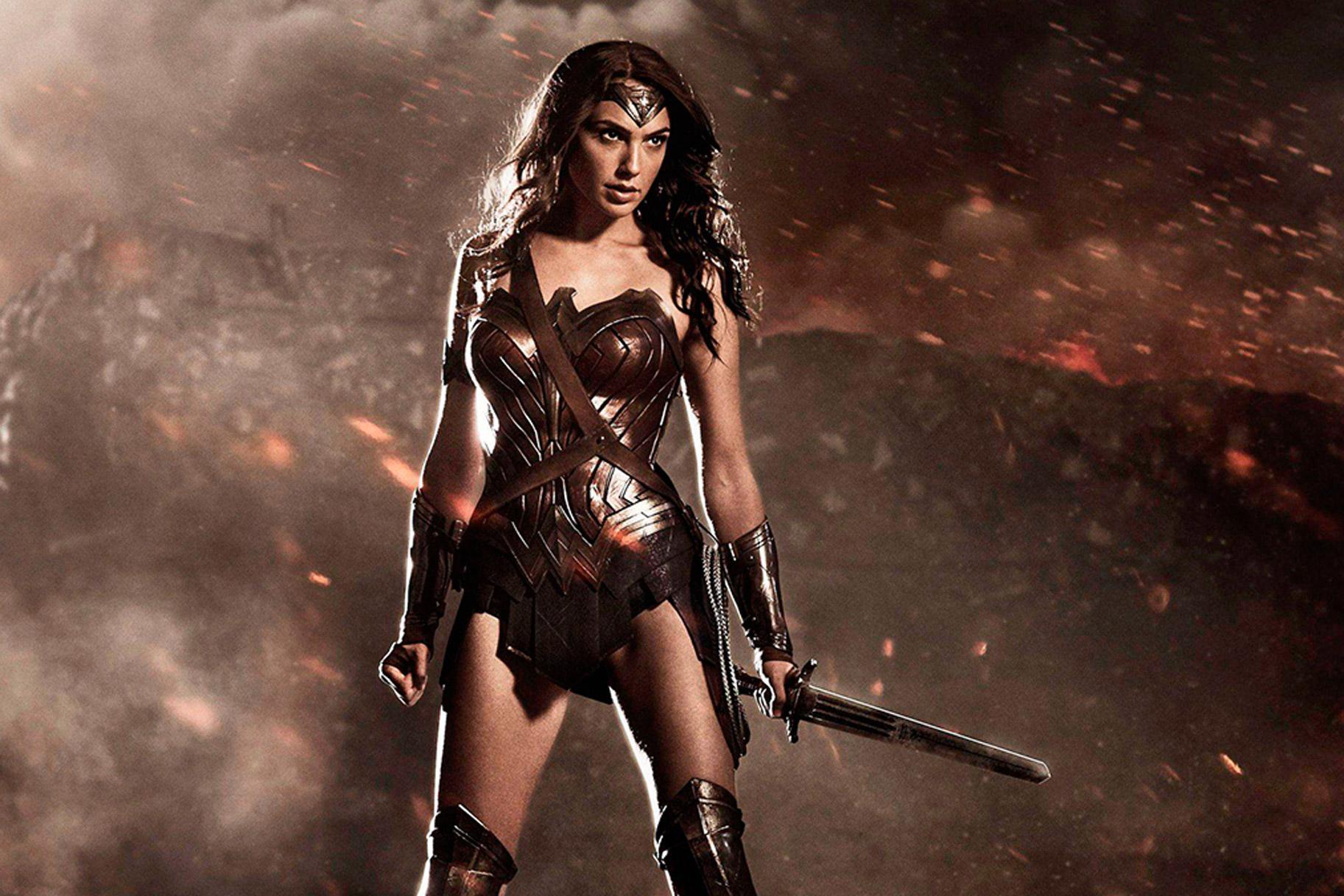 Wonder Woman Costume Secrets Lookbook