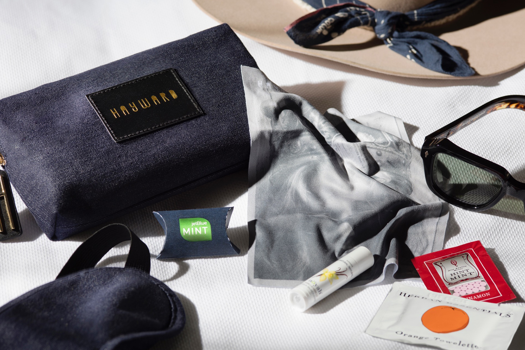Initiative Delta One Tumi Travel Hard Case Amenity Kit Black Sealed Kiehls Monogramable Delta