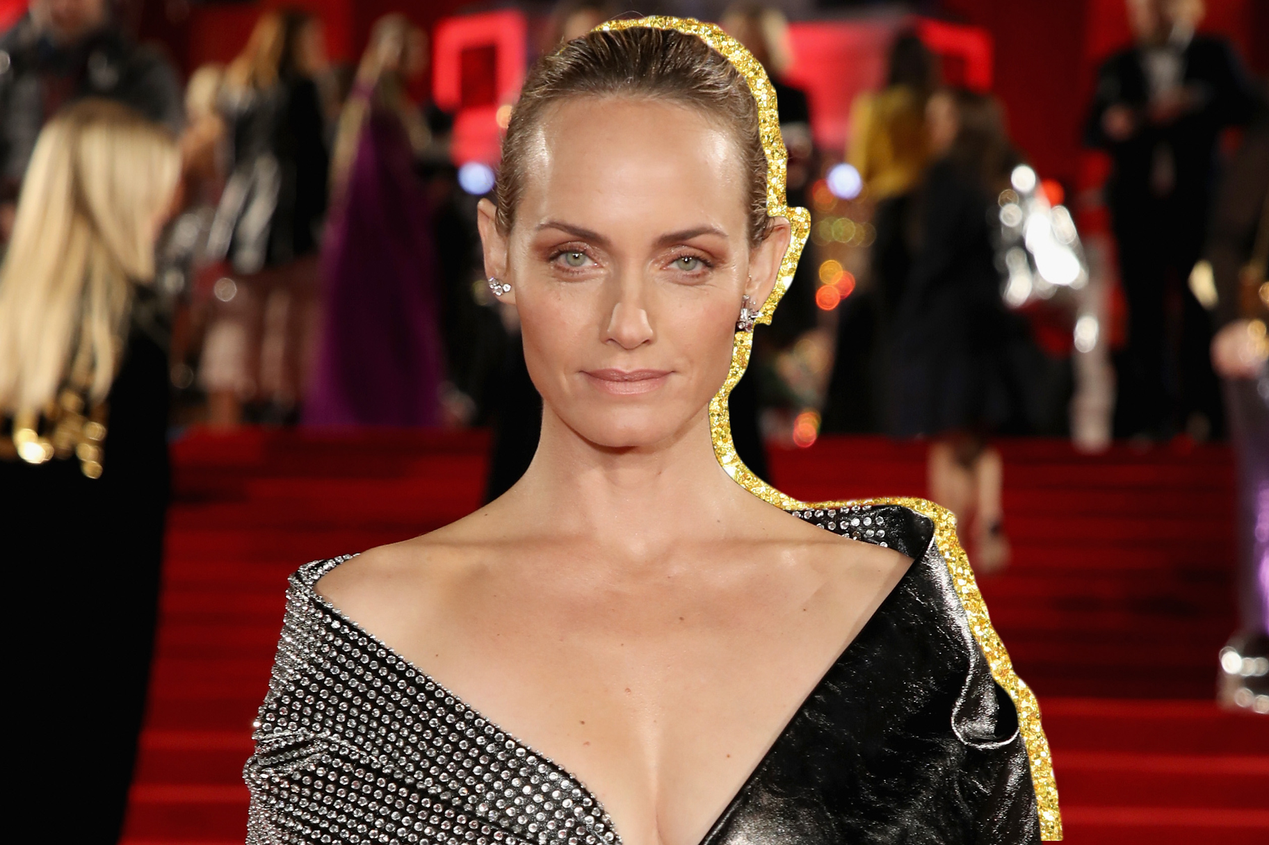 Is a cute Amber Valletta