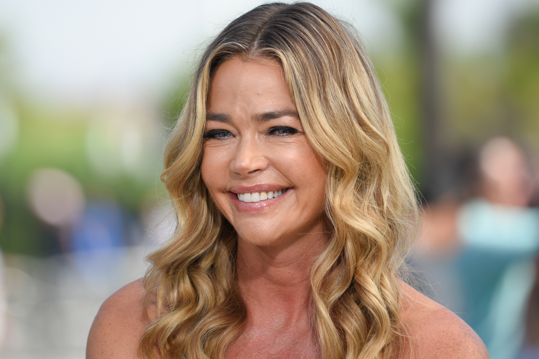 b09331fa37b Who Are Denise Richards  Daughters  Names