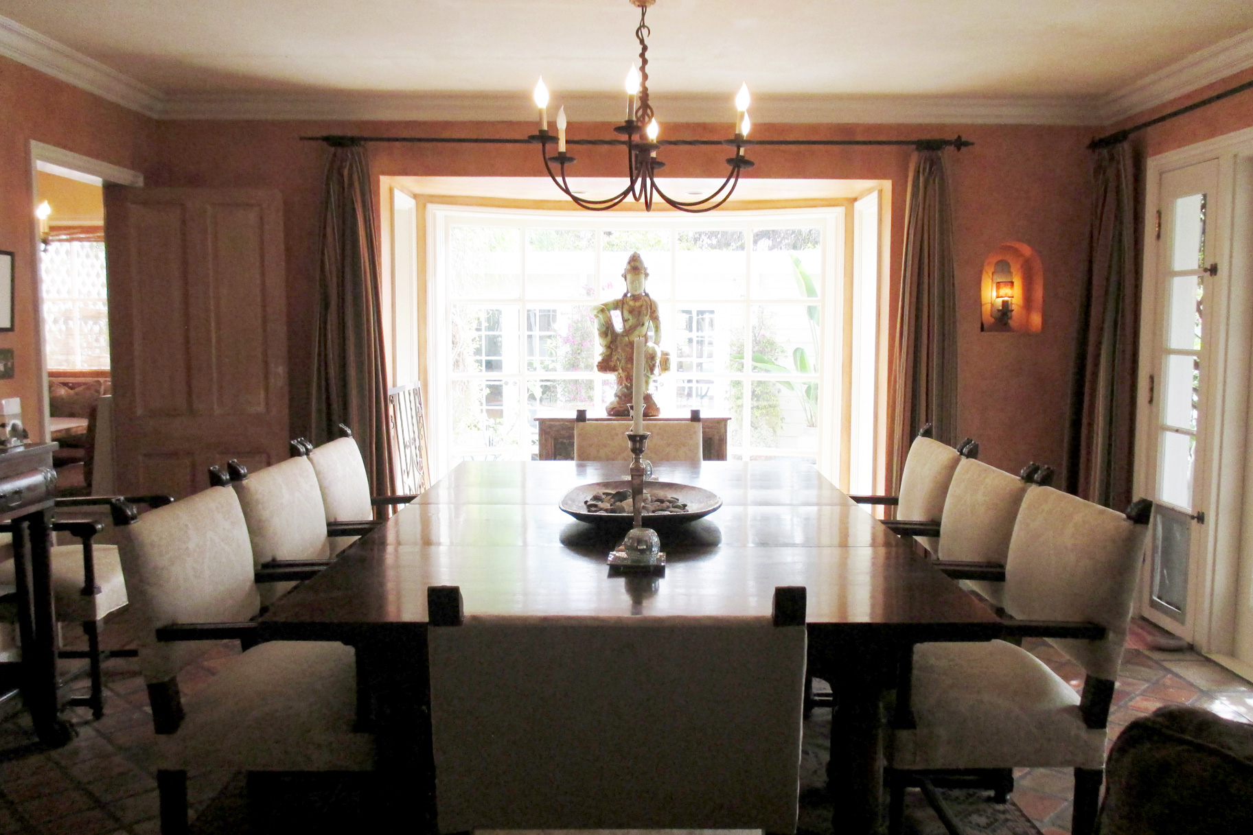 Tour Lisa Rinna S Home And Closet The Real Housewives