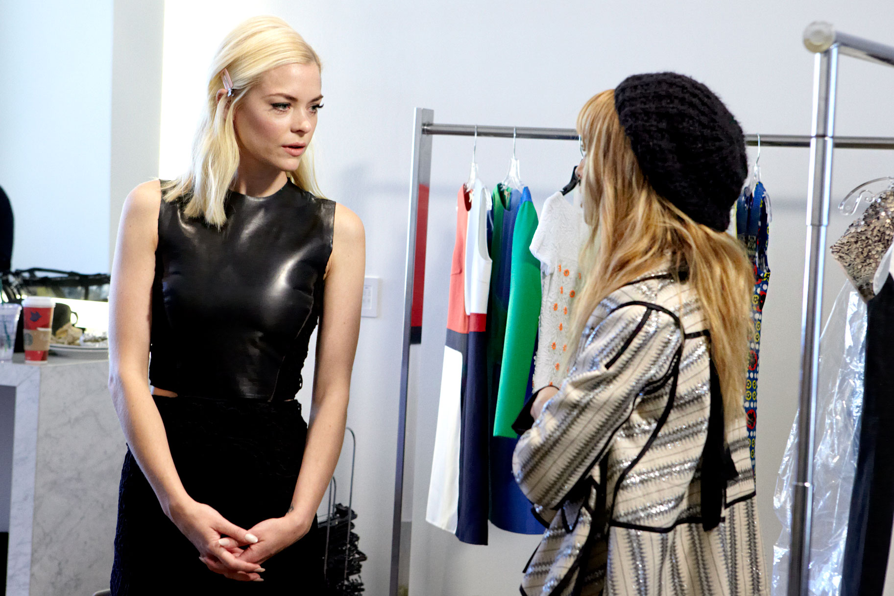 Fashion week Close to Newsdelias all stores for woman