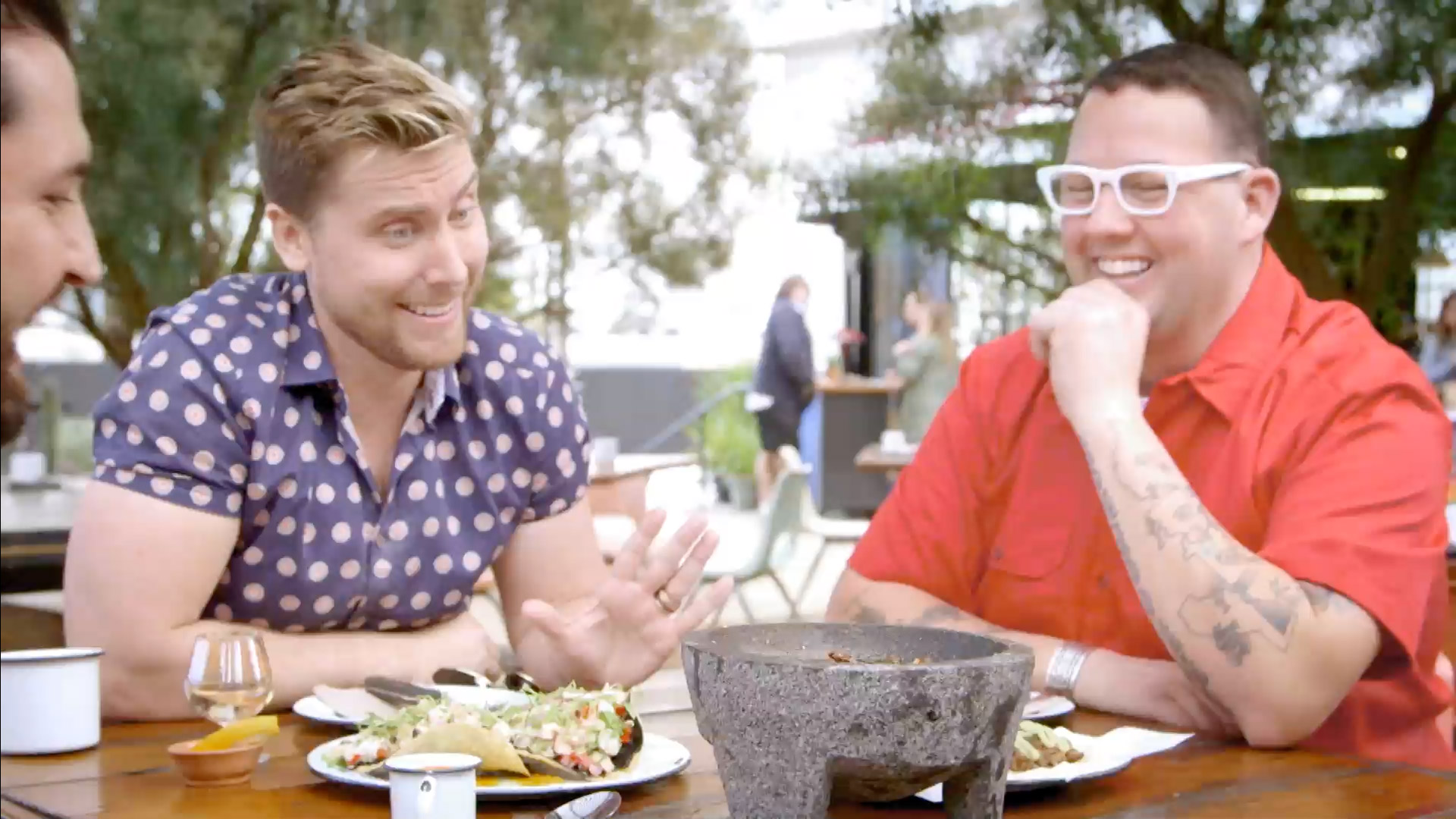 Lance Bass and Graham Elliot Eat Brutally Hot Crickets