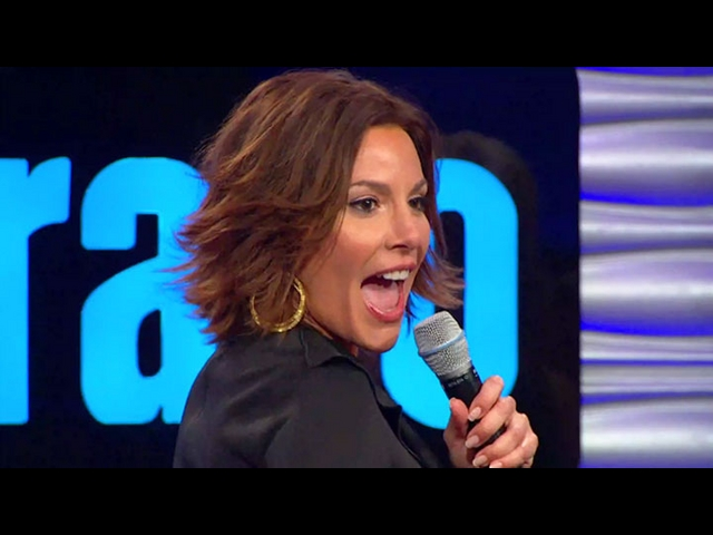 Countess LuAnn Brings the Class