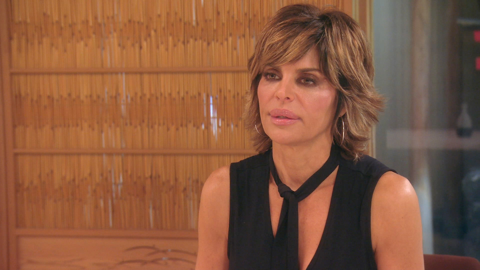 Lisa Rinna Knows What's Out There