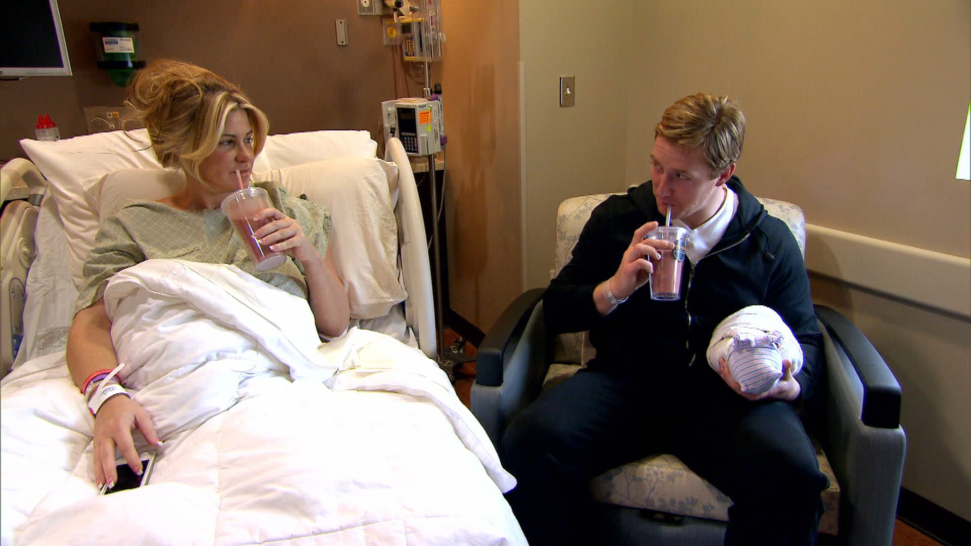 Kim and Kroy Enjoy Placenta Smoothies
