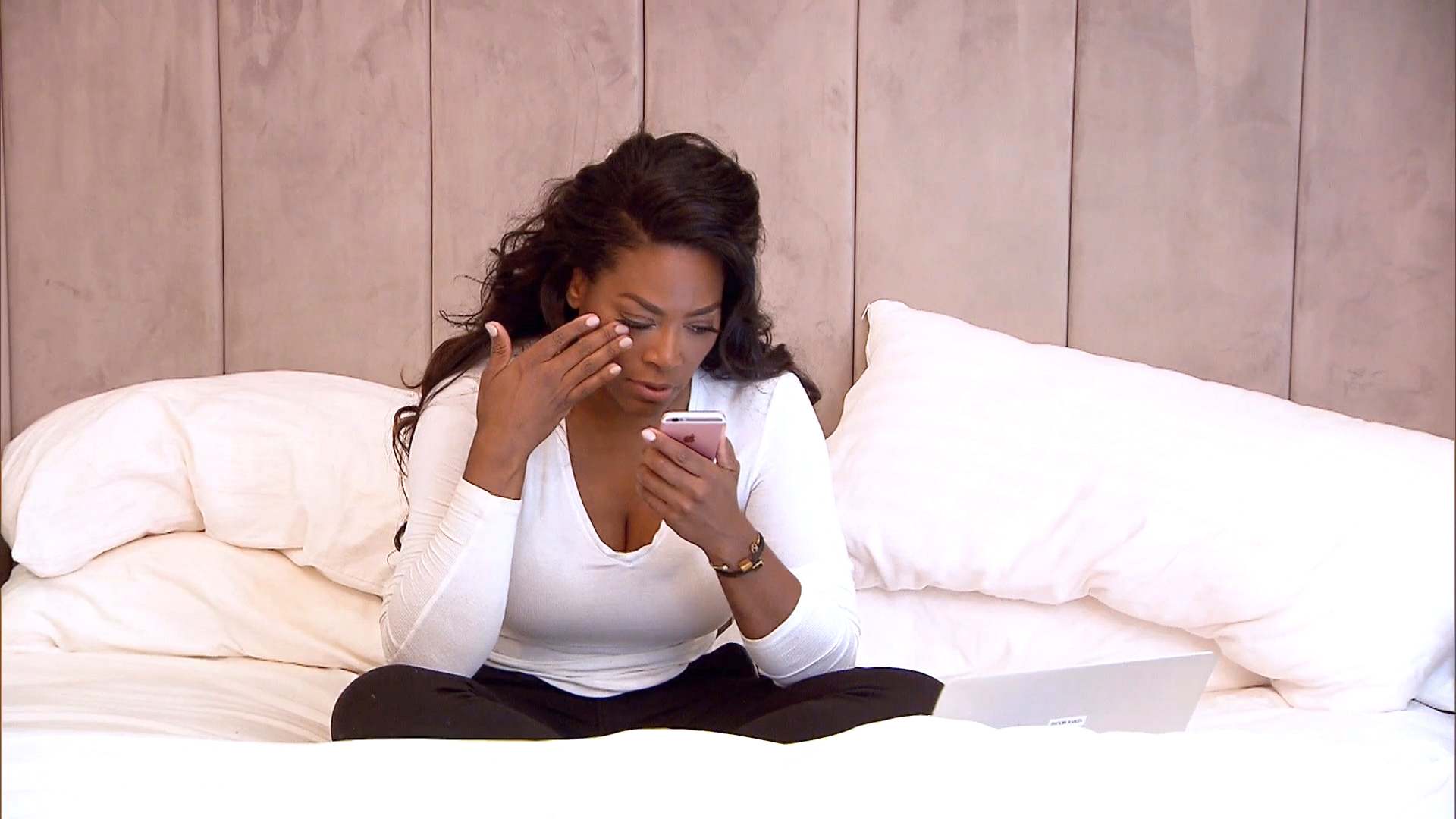 Kenya Moore Breaks Down About Boyfriend Matt Jordan