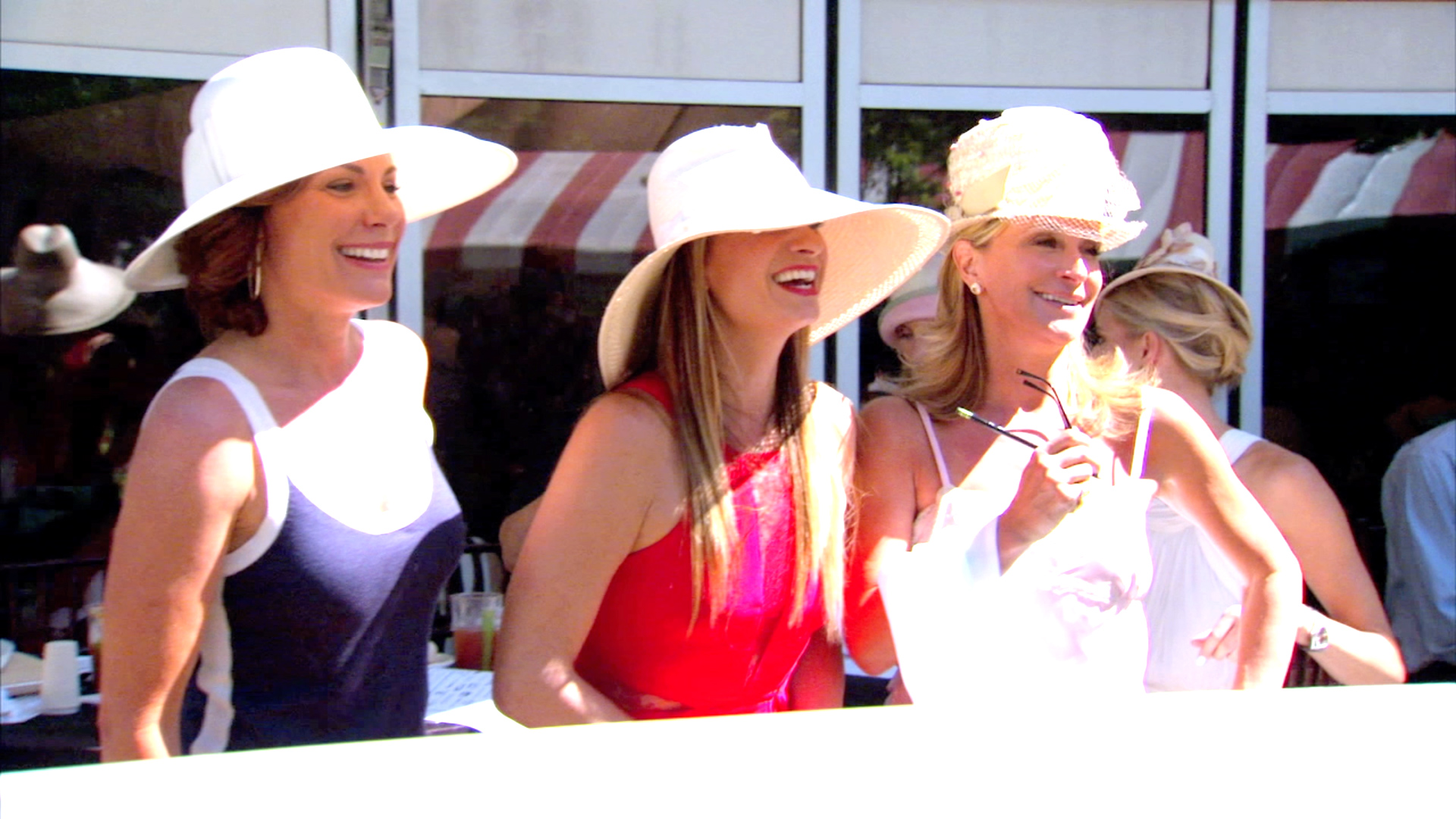 RHONY Heads to the Horsetrack