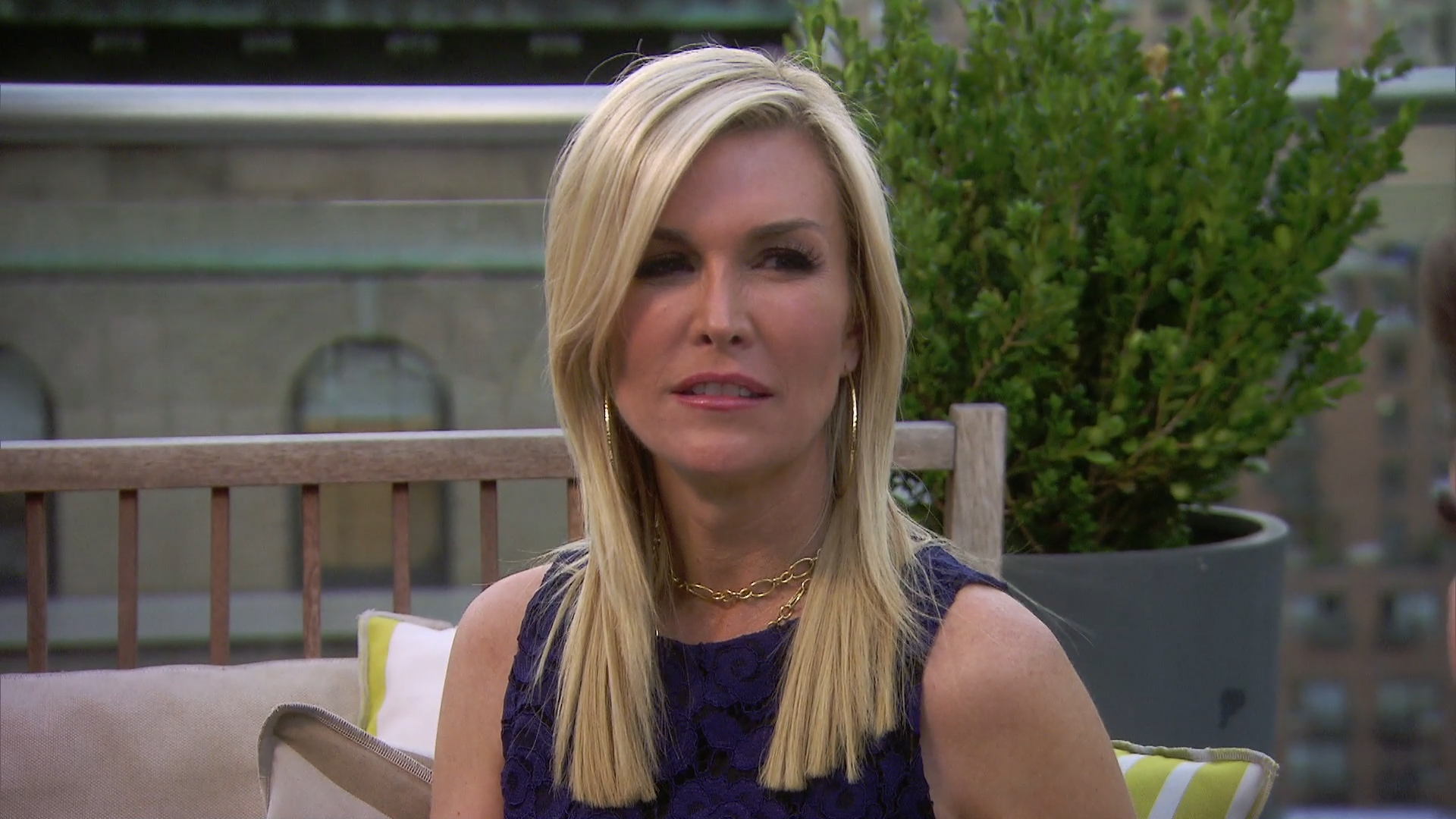 6bd41c4208 Watch Tinsley Mortimer s Mom Isn t So Sure About Her Relationship ...