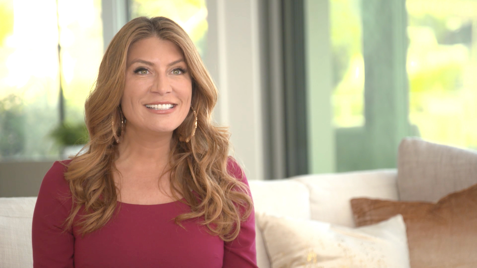 Meet the Best Room Wins Experts: Genevieve Gorder and Whitney Robinson