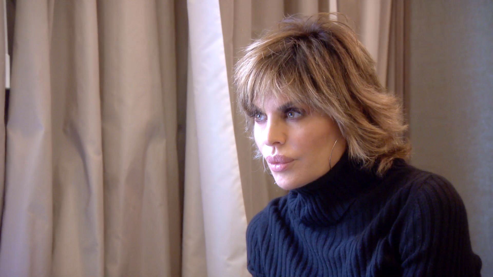 Lisa Rinna Tries to Get to the Bottom of the Sex Rumor
