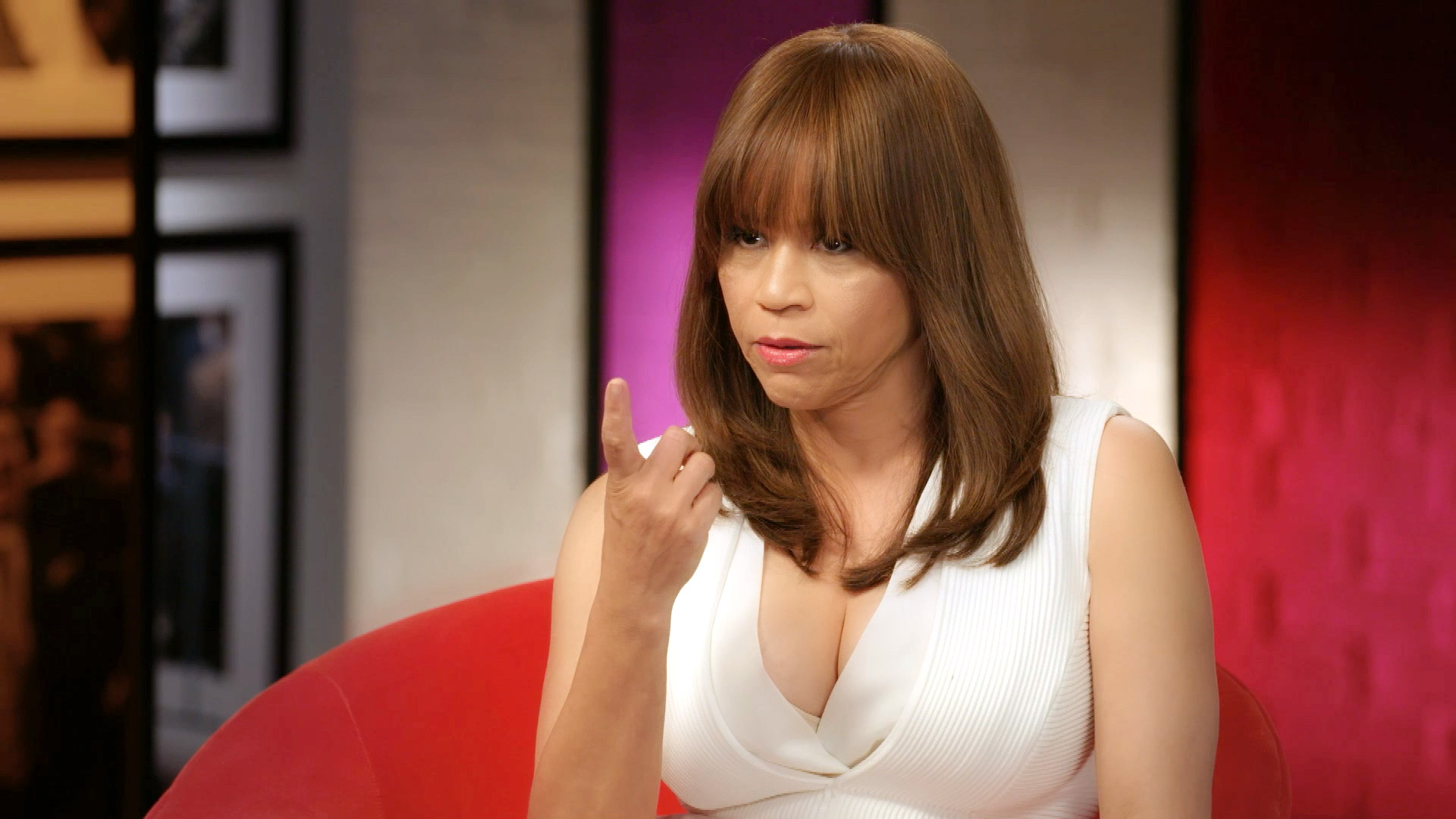 Rosie Perez Set up Tupac with Madonna?!