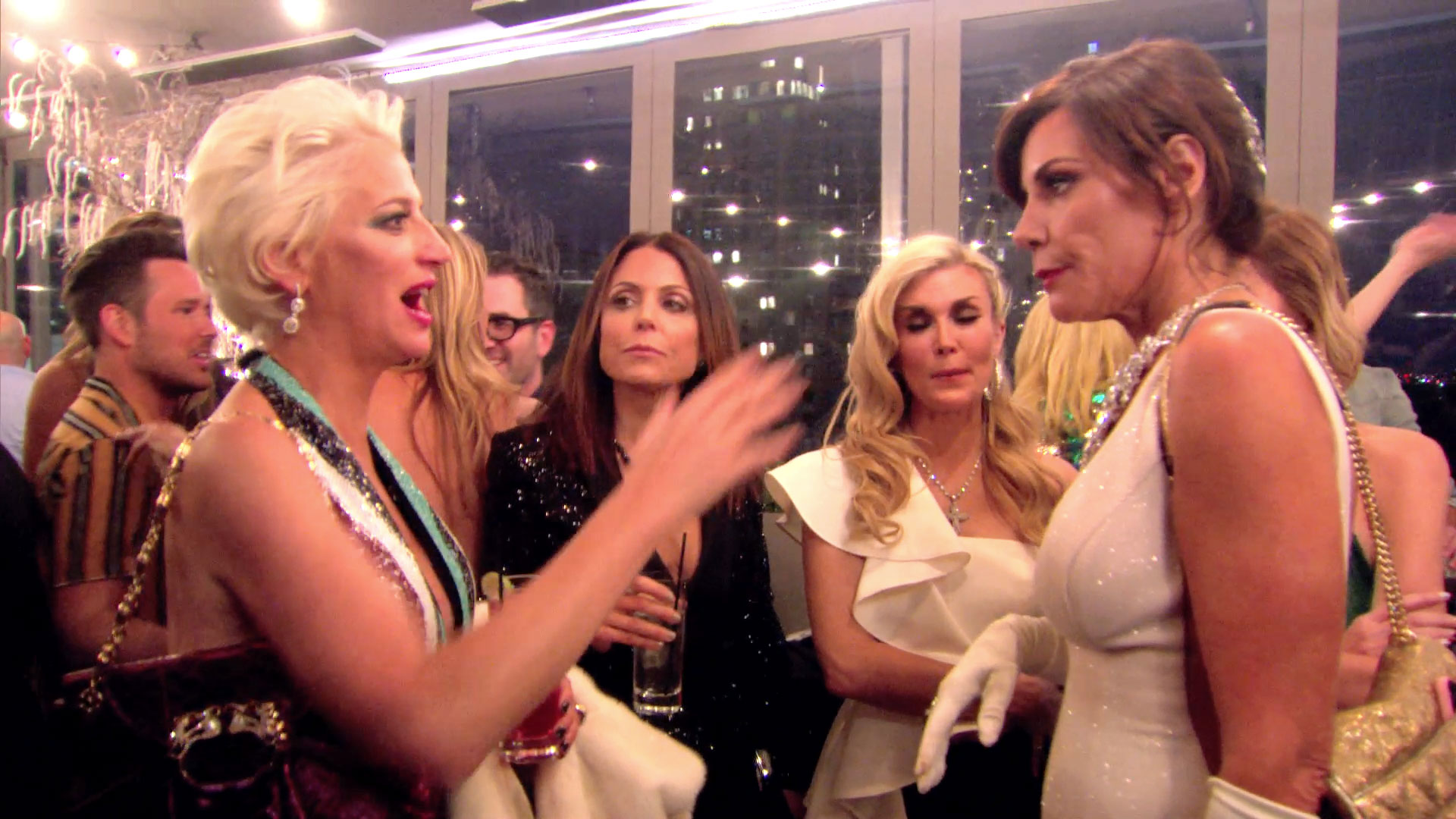 Luann de Lesseps Isn't Letting Anyone Ruin Her Night