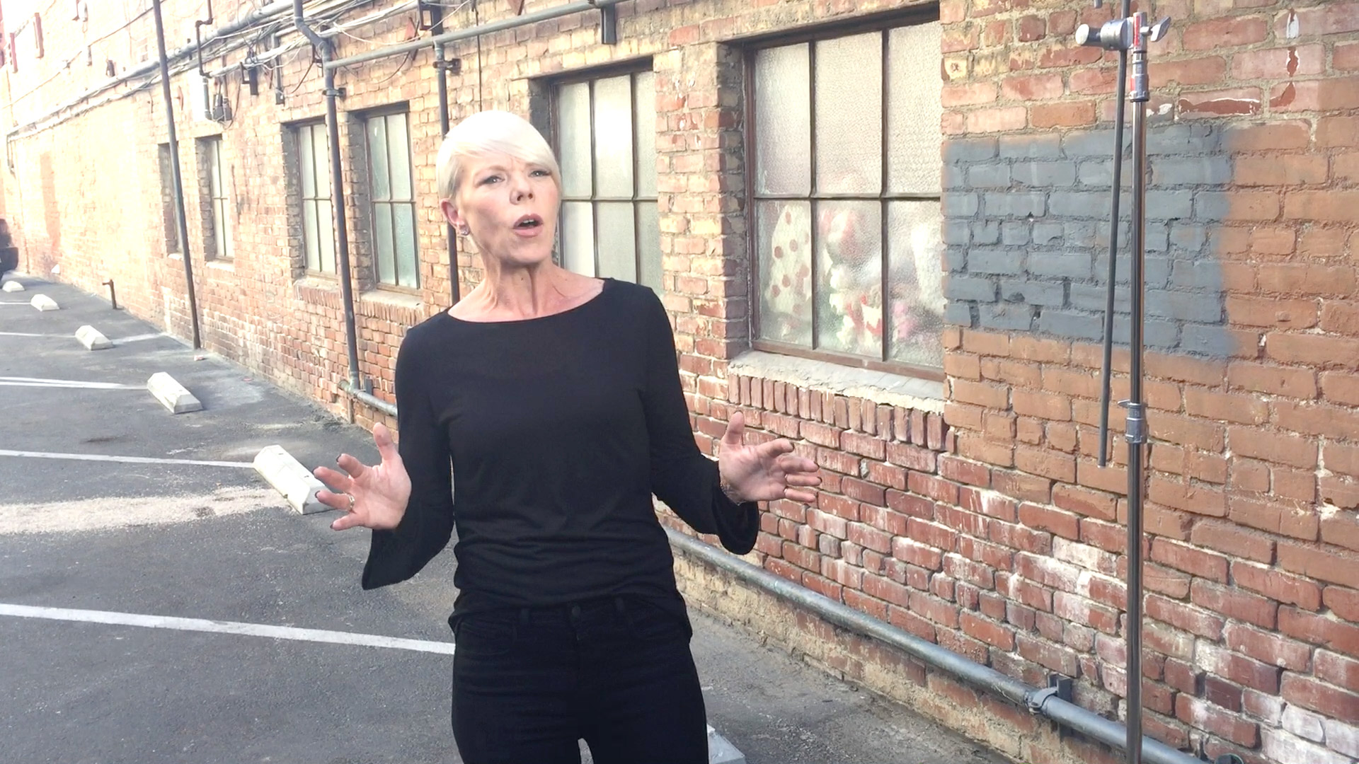 Hear Tabatha Coffey's First Impressions of Sweet Dixie Kitchen