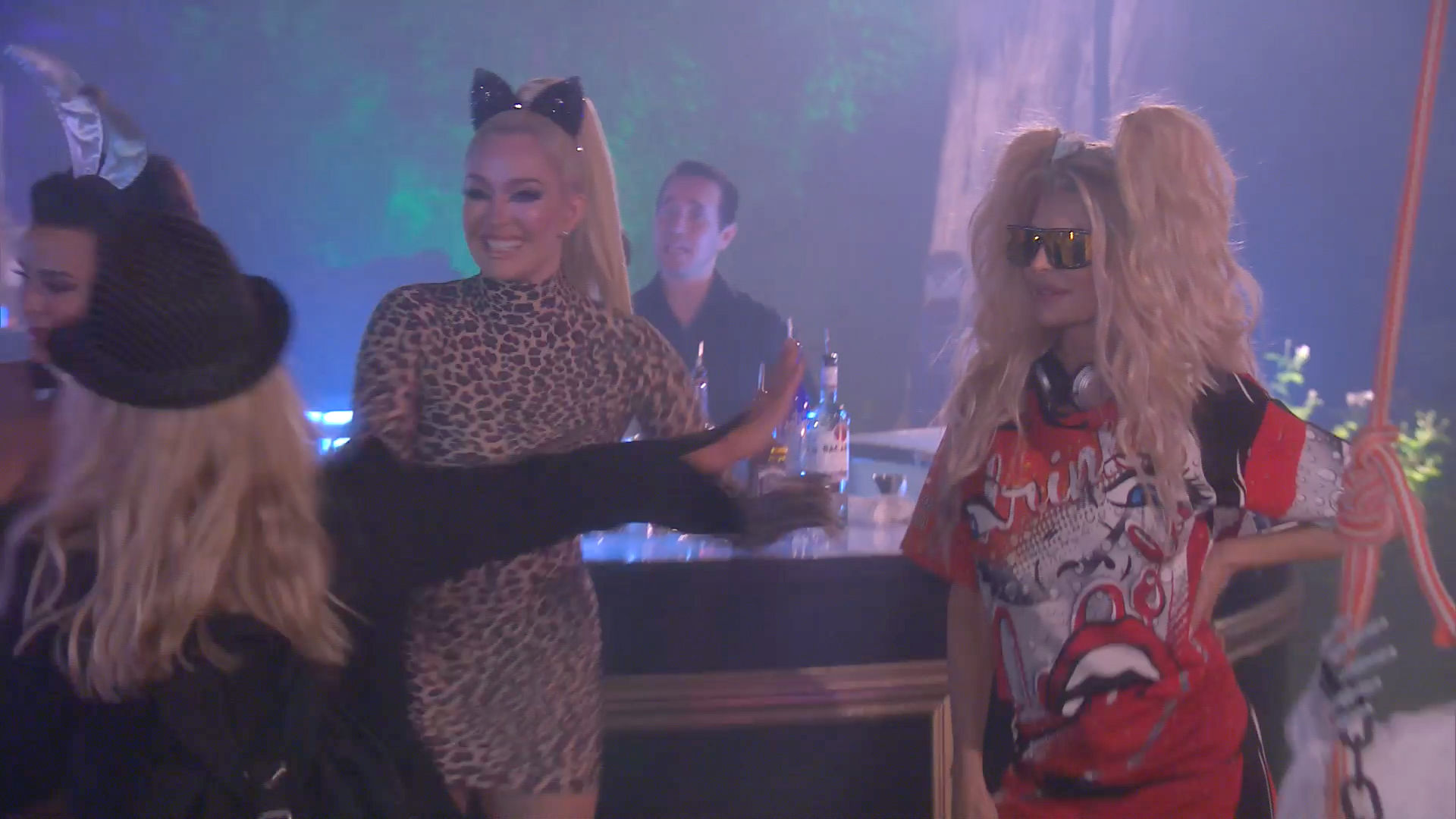 Kim Richards Gets a Chilly Reception From Erika Jayne
