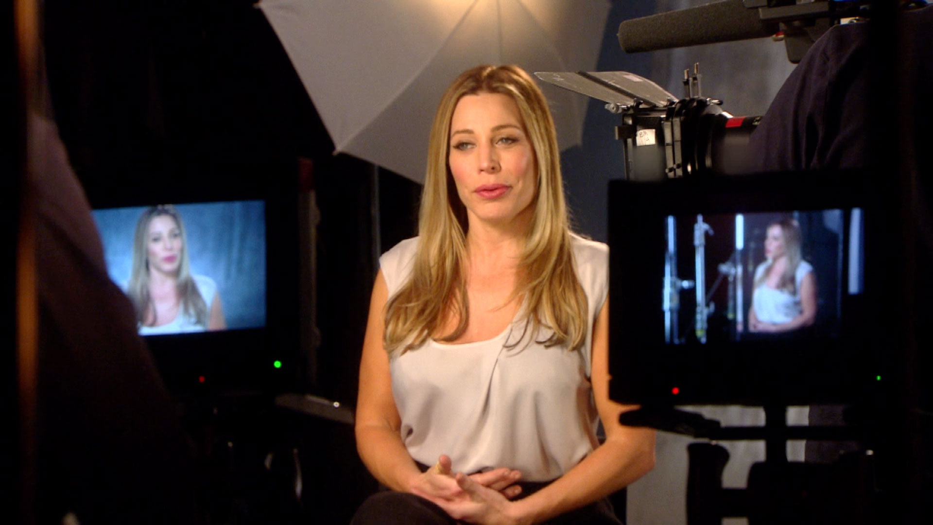 Taylor Dayne Wants a Love to Lead Her
