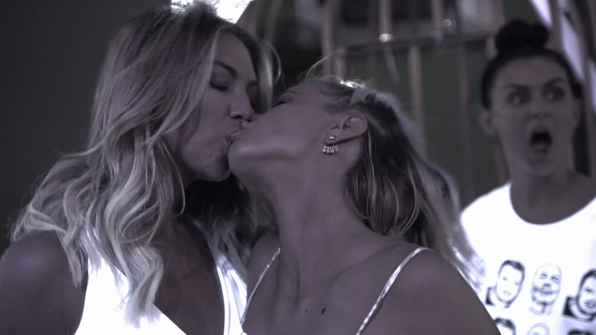 Ariana Madix Has a Make Out Session With Stassi...and Kristen!