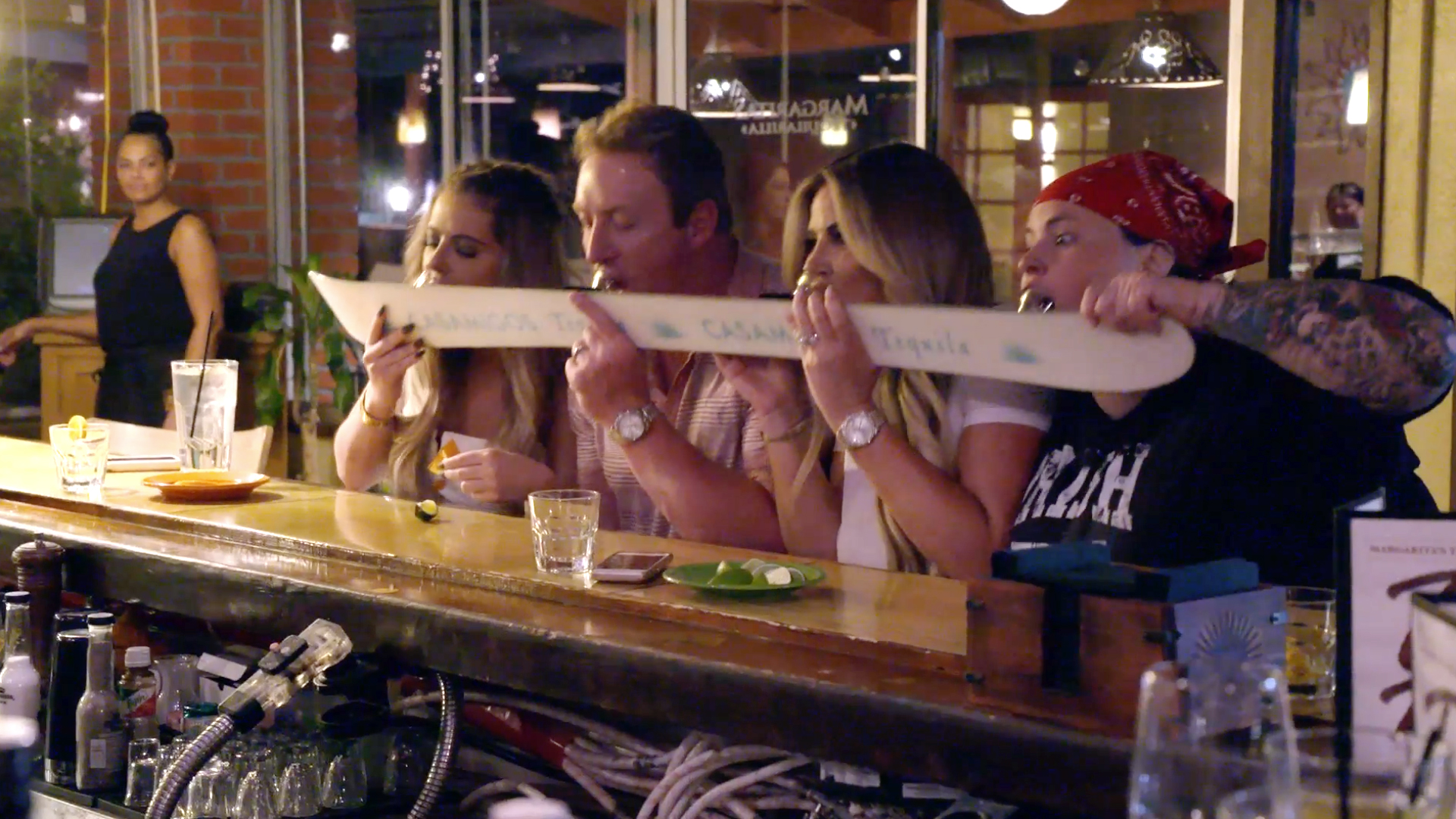 Tracey Bloom Is Back and Doing Tequila Shot Skis With the Biermanns