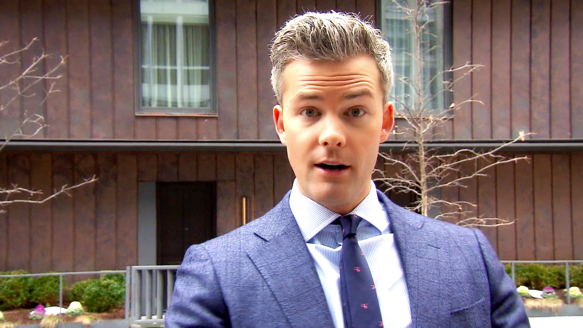 Ryan Serhant's Secrets to Selling...Dresses