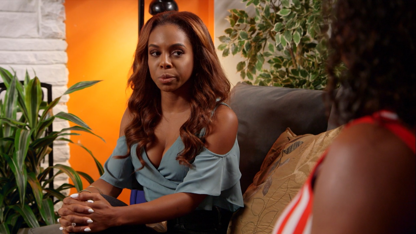 Candiace Dillard and Her Mother Have a Very Intense Therapy Session