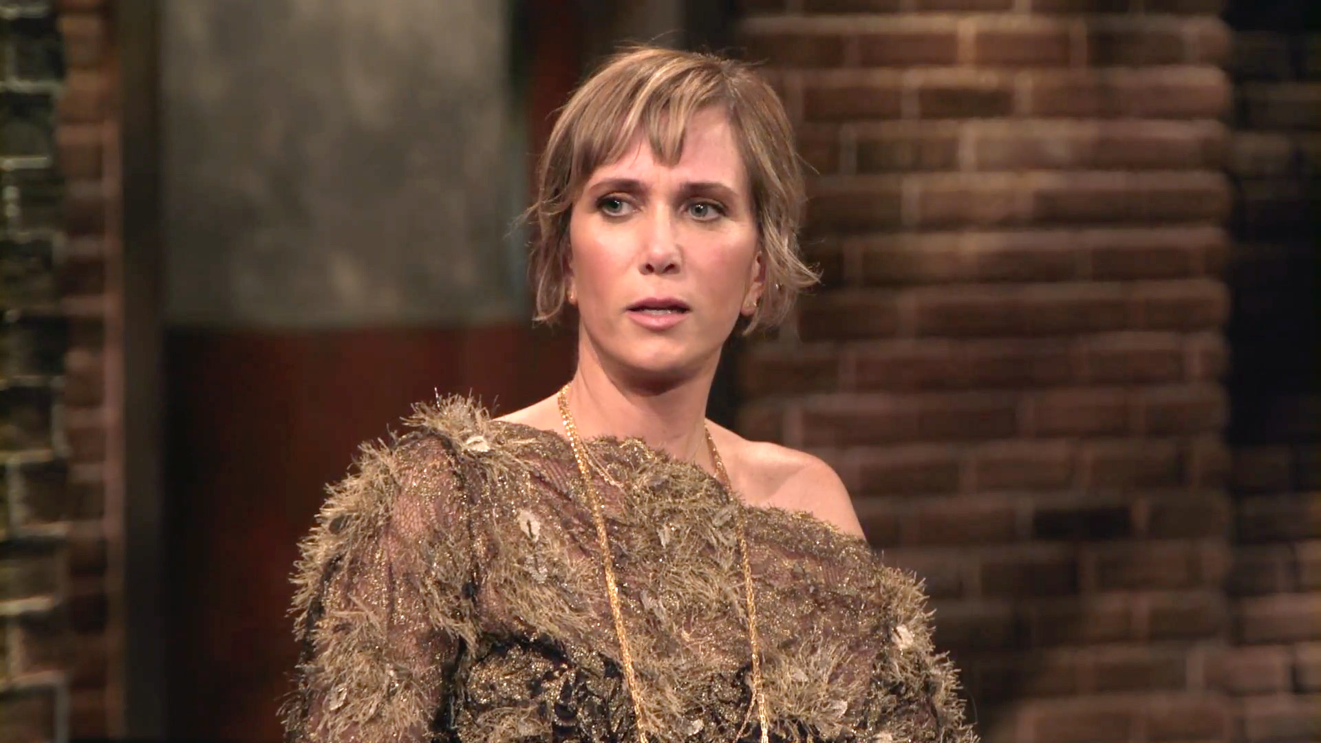 The Most Valuable Lessons Kristen Wiig Learned at The Groudlings