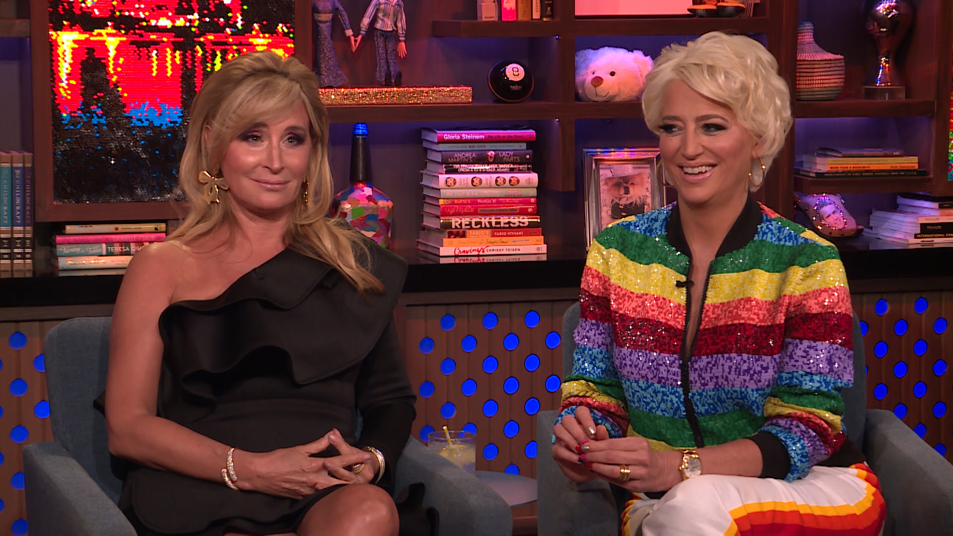 Sonja Morgan Questions Ramona Singer's Flirting Game