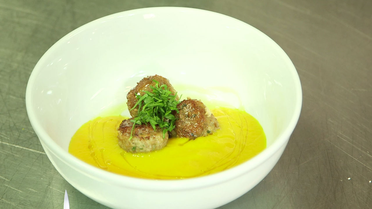 Carrot Soup with Turkey Meatballs
