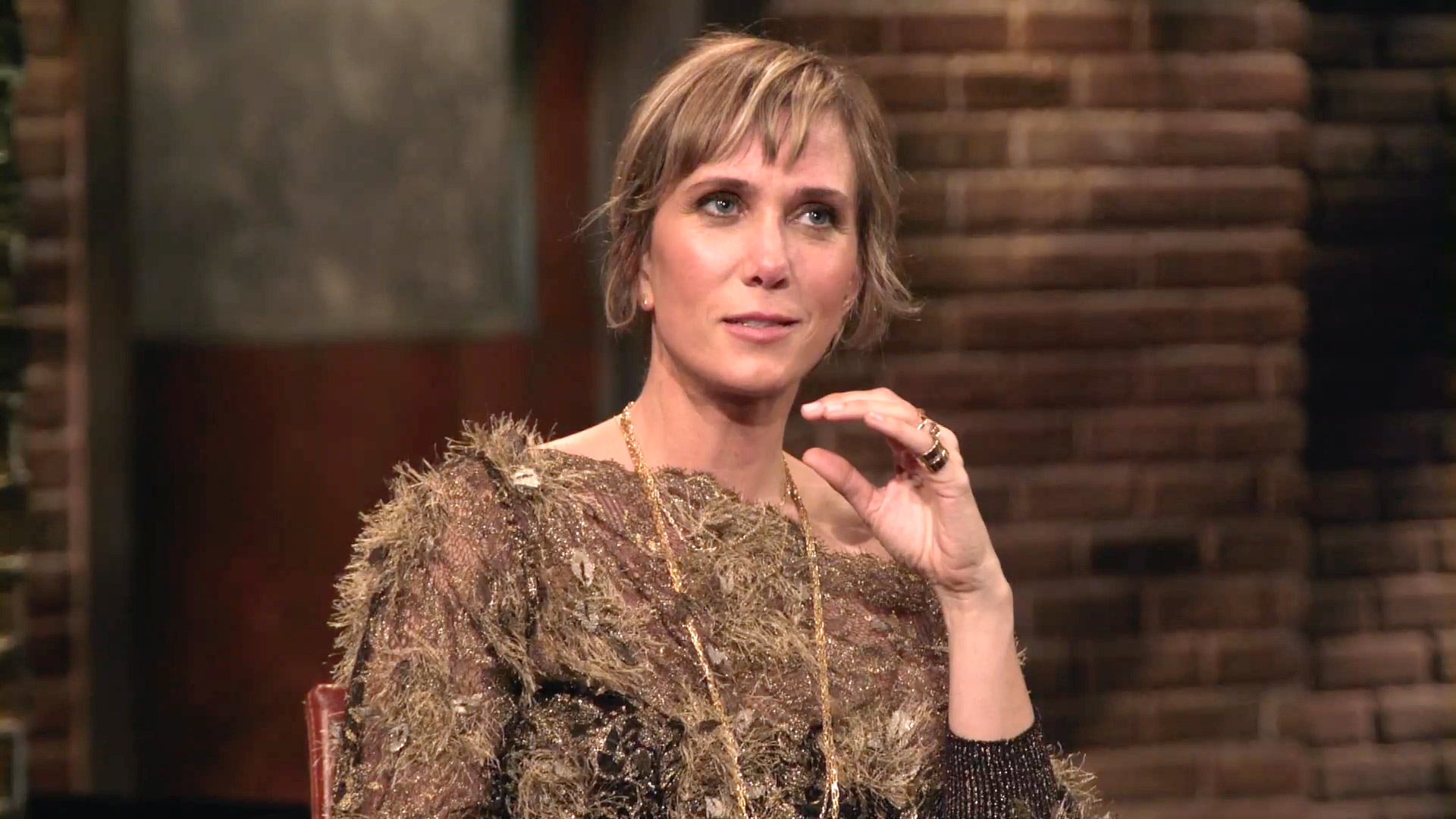 Kristen Wiig on Working with the Bridesmaids Cast