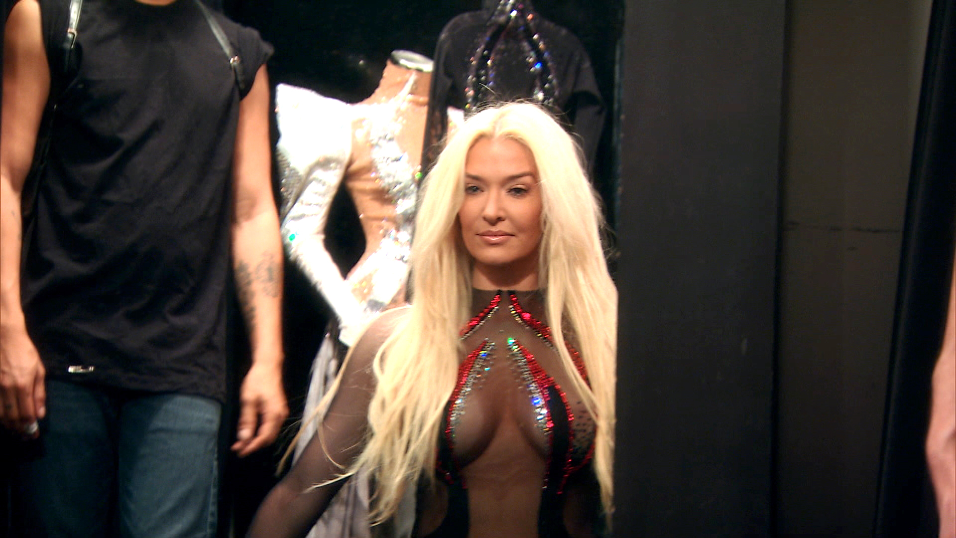 This Is How Erika Jayne Gets Dressed