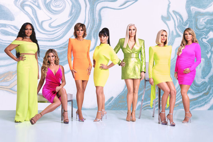 The Real Housewives Of Beverly Hills Cast Films Virtual Season 10 Reunion Details The Daily Dish