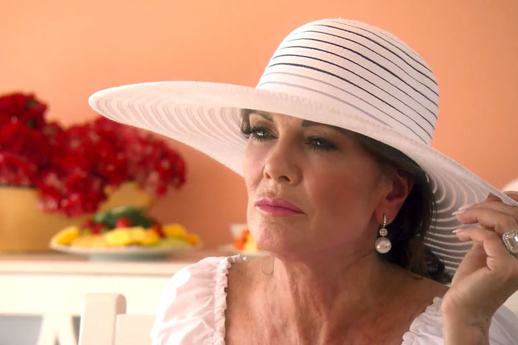 lisa-vanderpump-rhobh-blog-904.jpg