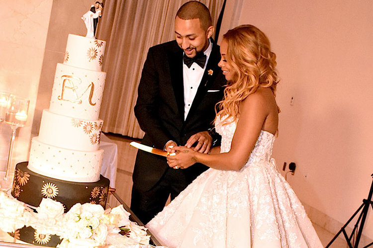 Eva Marcille Wedding Dress, Wedding Cake
