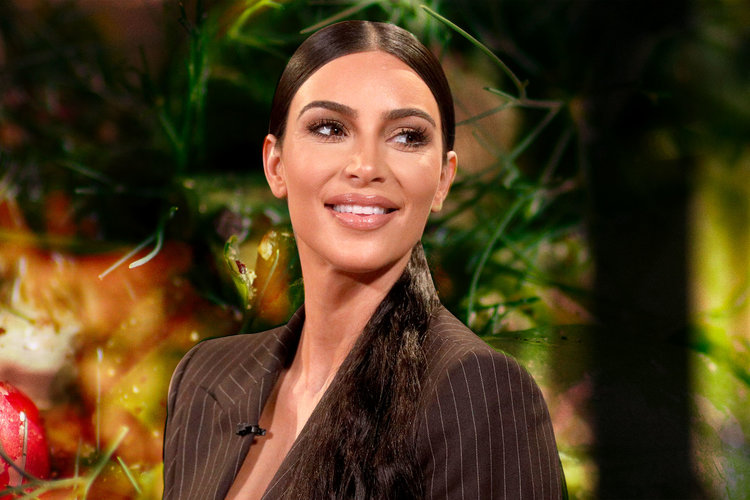 Kim Kardashian Drinks Bragg Apple Cider Vinegar