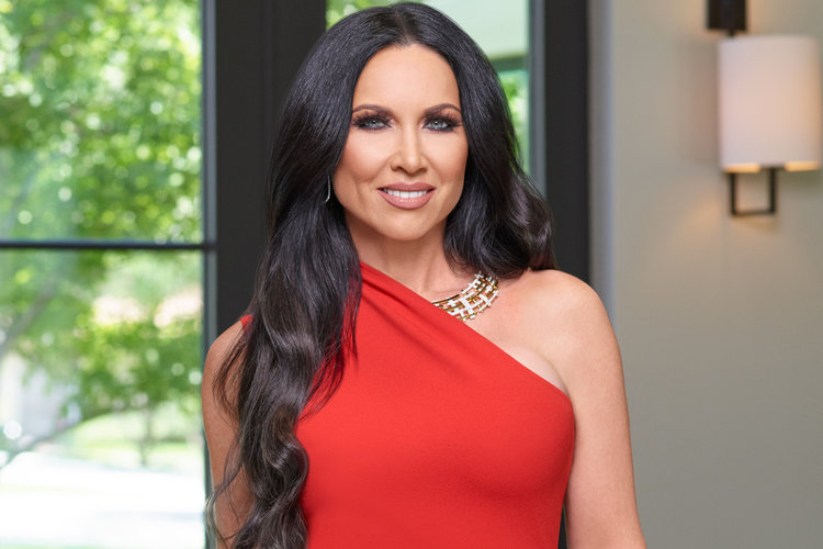 Leeanne Locken Leaves Rhod Cast