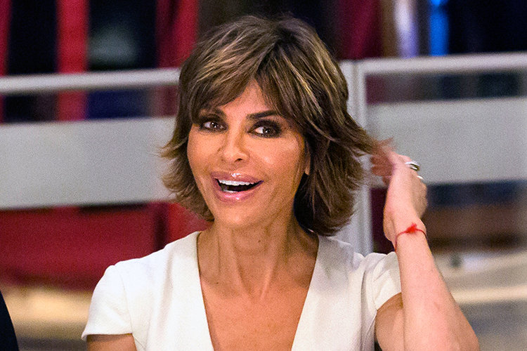 Lisa Rinna Reveals the Two Beauty Products She s Currently Obsessed With.